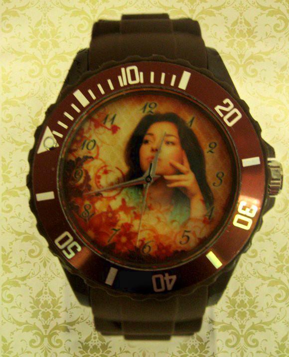 ceasuri de mana colorate personalizate
