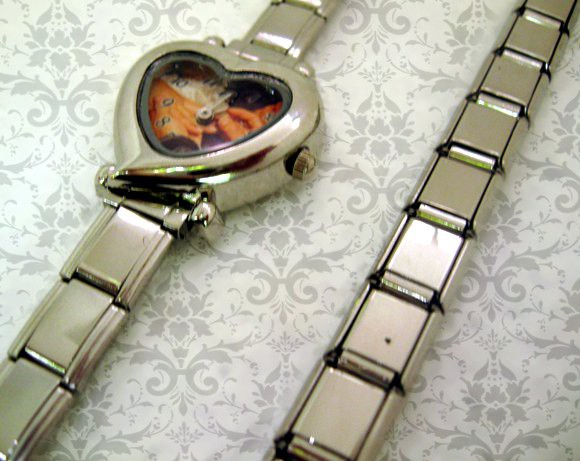 ceasuri de mana inima, personalizate pentru ea